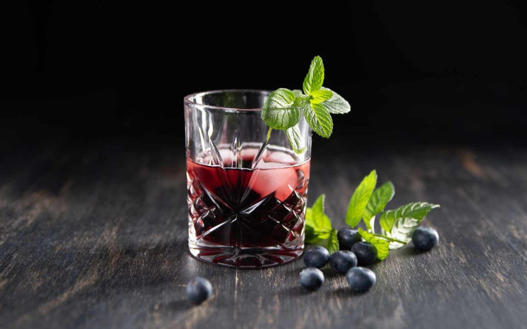 Blaubeer Gin Cocktail